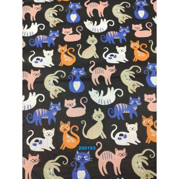 mintás pamutvászon /kék-narancssárga cicák (domborító cica 8cm × 8cm) /fekete