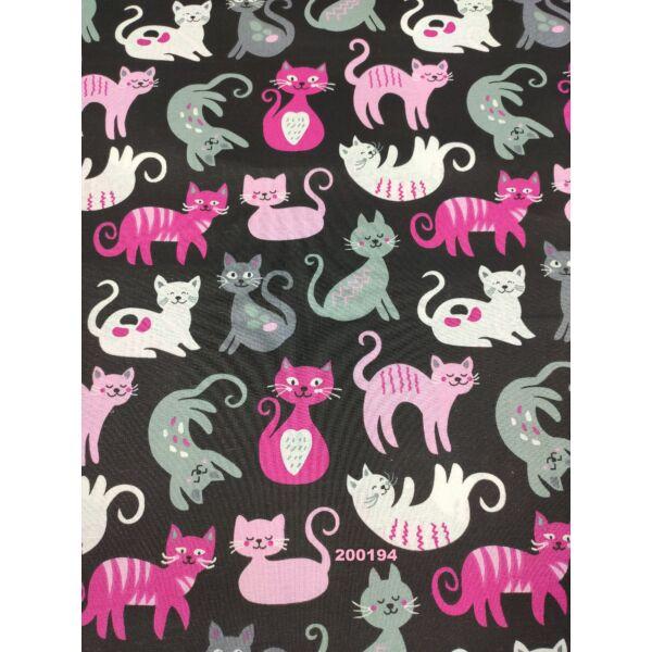 mintás pamutvászon /szürke-pink cicák (domborító cica 8cm × 8cm) /fekete