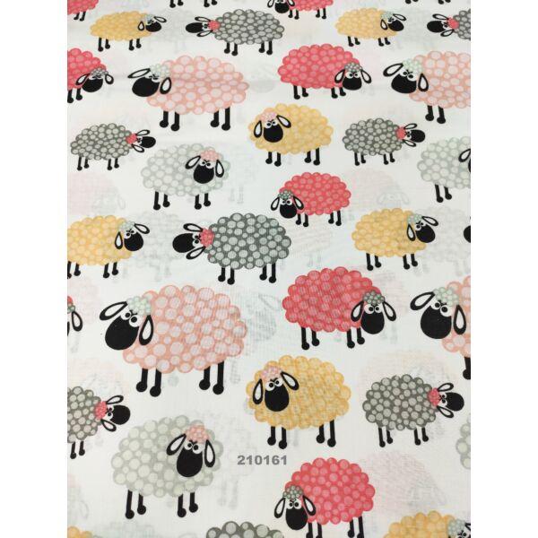 Mintás pamutvászon /fehér alapon bárányok (legnagyobb 10,5*8 cm)/ rózsaszín