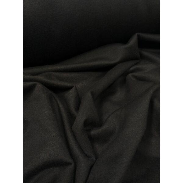 egyszínű bolyhos futter / fekete